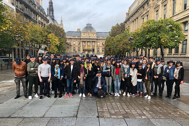 Group photo of students in the streets of Paris